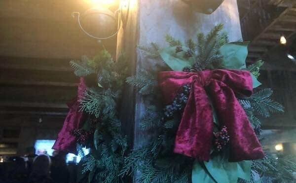 三本の箒クリスマス